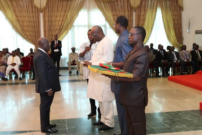 Burkina: Nana Addo Dankwa AKUFO-ADDO élevé à la dignité de Grand-Croix de l'Ordre National