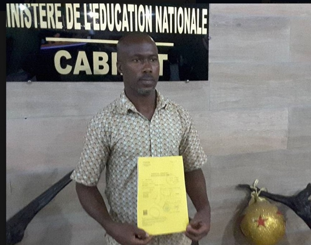 Côte d'Ivoire : A 43 ans, un transporteur réussi à l'examen du CEPE session 2017