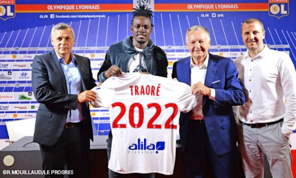 Mercato: L'international burkinabé Bertrand Traoré s'engage avec l'Olympique Lyonnais