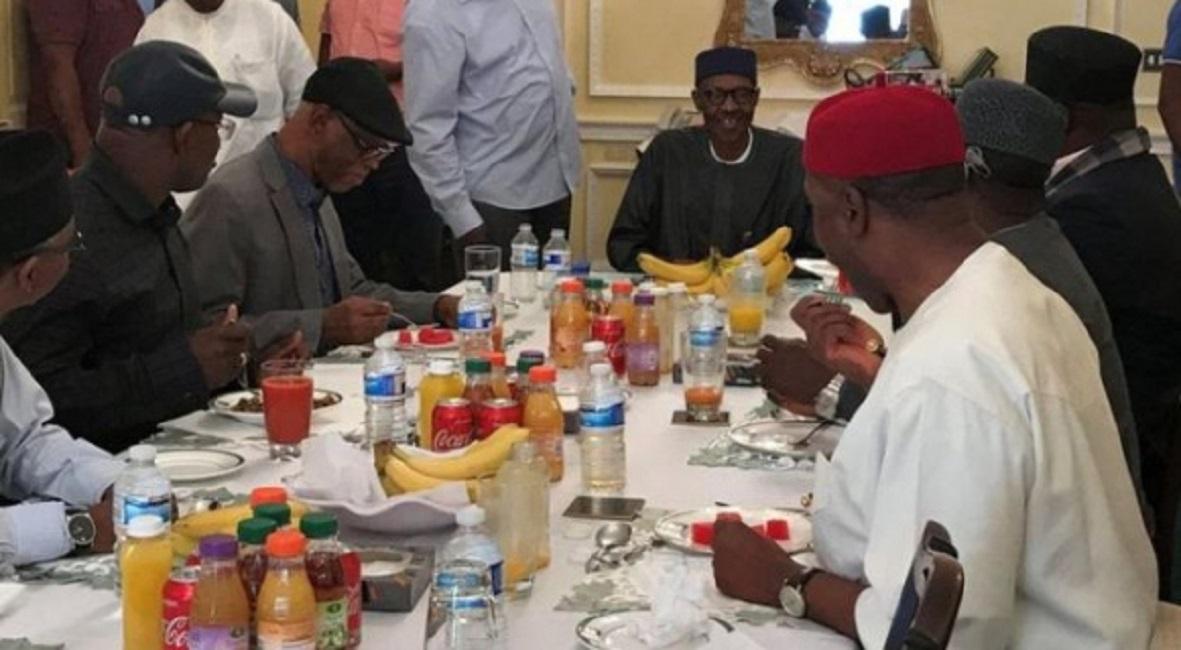 Nigeria: le gouvernement publie une photo de Buhari à Londres