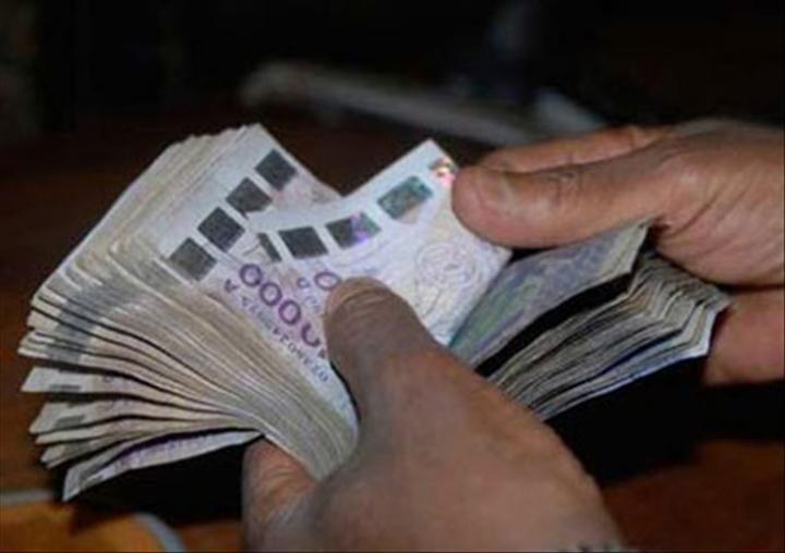 Société: La BCEAO dénonce la présence de faux billets de 10.000 et 5 000 francs CFA
