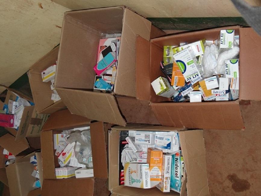 CHU Yalgado: 09 cartons de produits pharmaceutiques saisis des mains de 08 personnes
