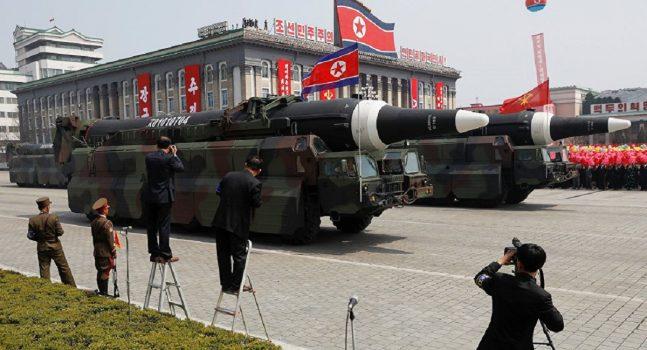 Monde: Cinq questions-clés sur le missile nord-coréen (QUESTIONS-REPONSES)
