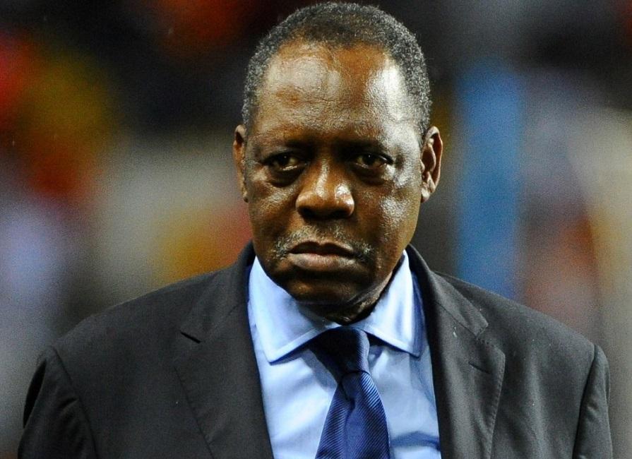 CAF: Issa Hayatou critique son successeur Ahmad Ahmad