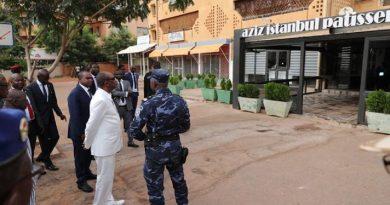 Attaque du Café Istambul : Le Professeur Alpha CONDE apporte le soutien de la Guinée et de l'Union africaine