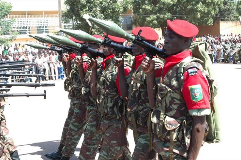 Burkina: le président du Faso procede à des nouvelles nominations à la tete de l'armée