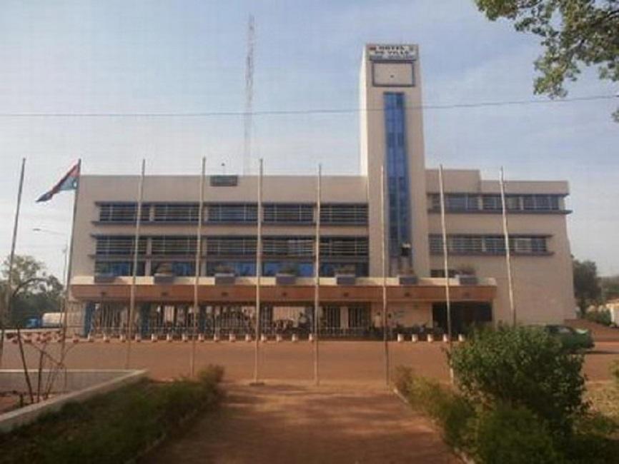 Le Syndicat national des agents des finances dénonce la prise en otage du Contrôleur financier de la commune de Bobo-Dioulasso par les agents de la mairie
