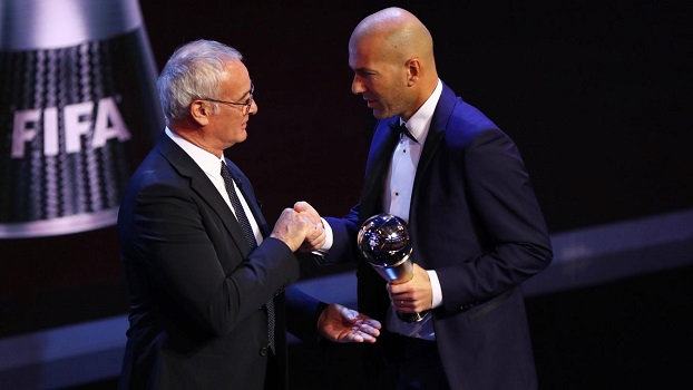 Sport: Zinedine Zidane sacré meilleur entraîneur de l'année 2017 par la FIFA