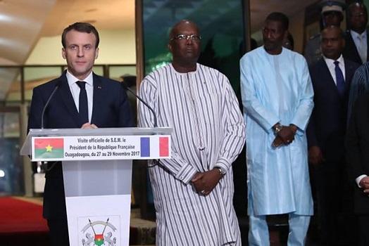Emmanuel Macron est arrivé à Ouagadougou