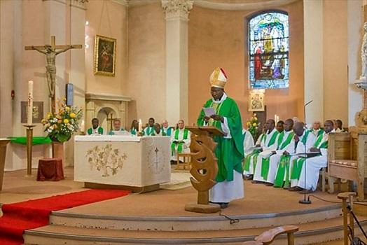 Monseigneur Joseph Daniel OUEDRAOGO sera exhumé le 23 Novembre