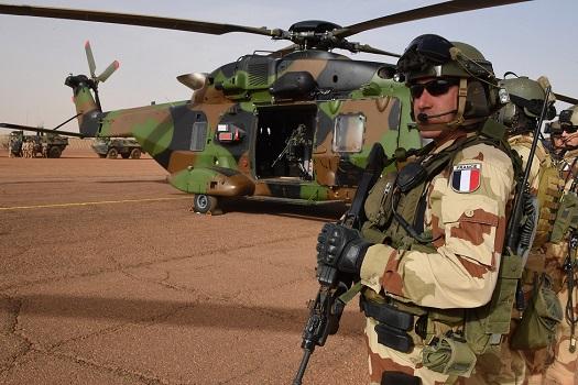 Mali: une bavure de l'armée française coute la vie à 11 soldats malien.