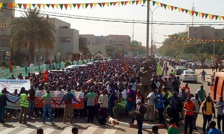 Burkina: manifestation et grève des enseignants