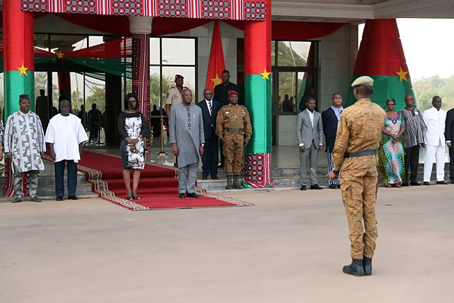 Montée des couleurs à la Présidence du Faso en présence du couple présidentiel