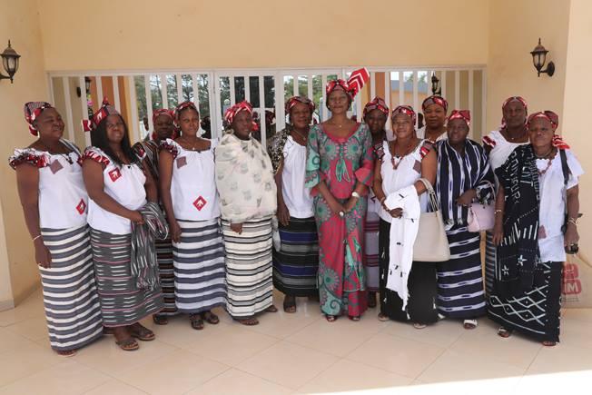 Madame Sika KABORE à l'écoute des épouses de militaires