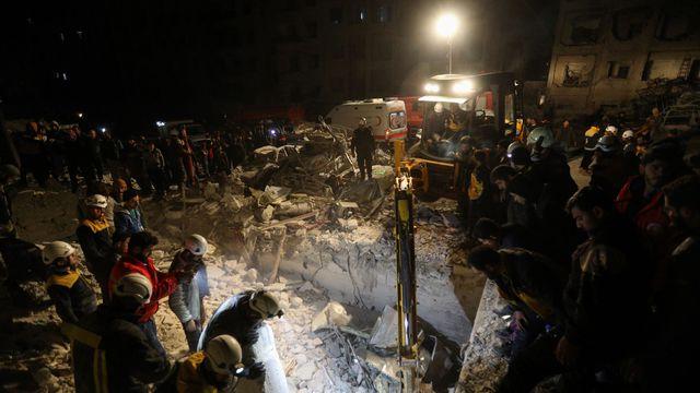 Syrie : 23 morts dans l'explosion d'un QG de djihadistes