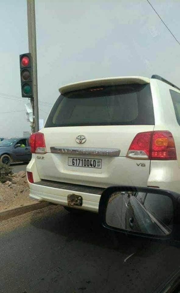 Interpellation des conducteurs de la Toyota Land Cruiser V8 immatriculé 61710040BF , voici ce qui s'est passé