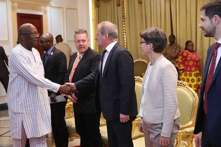 Le Président du Faso s'entretient avec une mission économique suisse