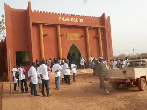 Procès contre Nonguebzanga Kaboré: il écope de six mois avec sursit