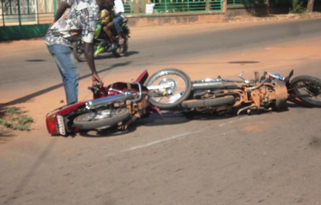 Boni: Deux motocyclistes tués dans un accident