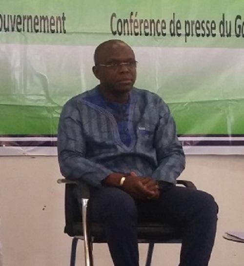 """Ministère de l'économie et des finances: """"Les agents n'ont pas été révoqués""""Rémis Fulgance Dandjinou"""