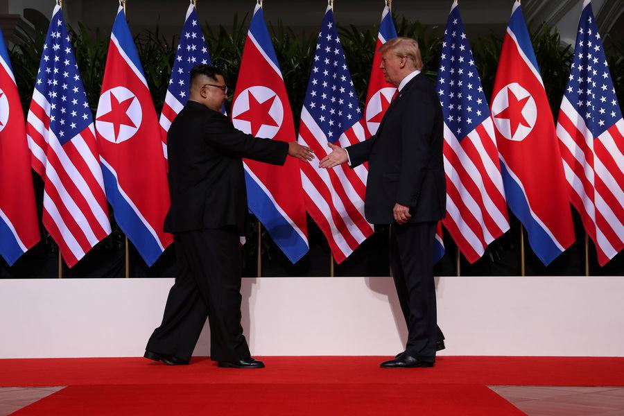 Donald Trump-Kim Jong-un : l'entretien en tête-à-tête n'a duré que 45minutes