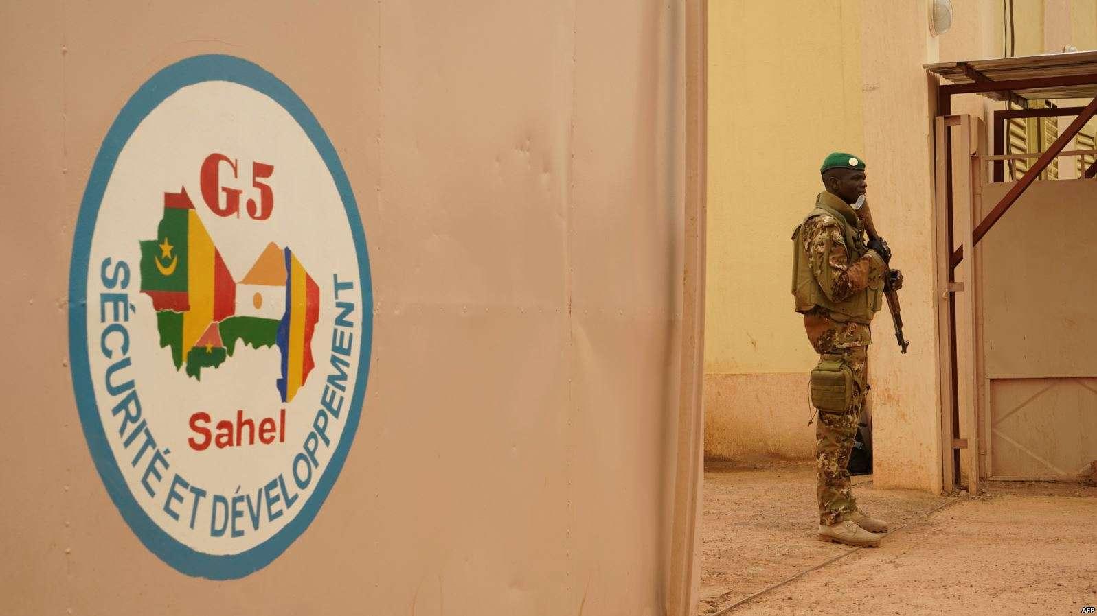 Mali: 6 morts dans l'attaque contre le QG de la force du G5 Sahel