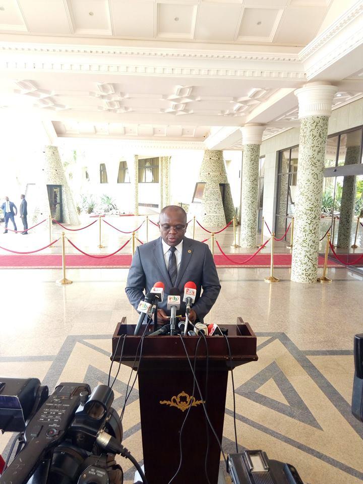 Burkina: Adoption de décrets portant réglementation générale du secteur de l'énergie( conseil des Ministres)