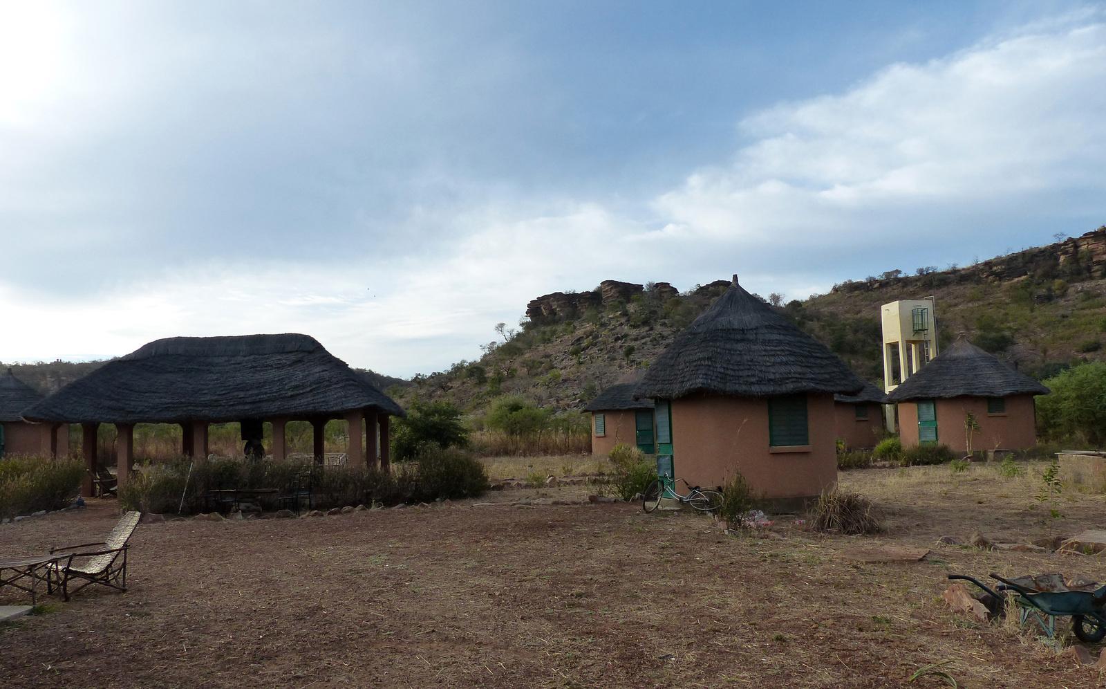 Gourma : deux paysans tués et un campement de chasse incendié dans deux attaques