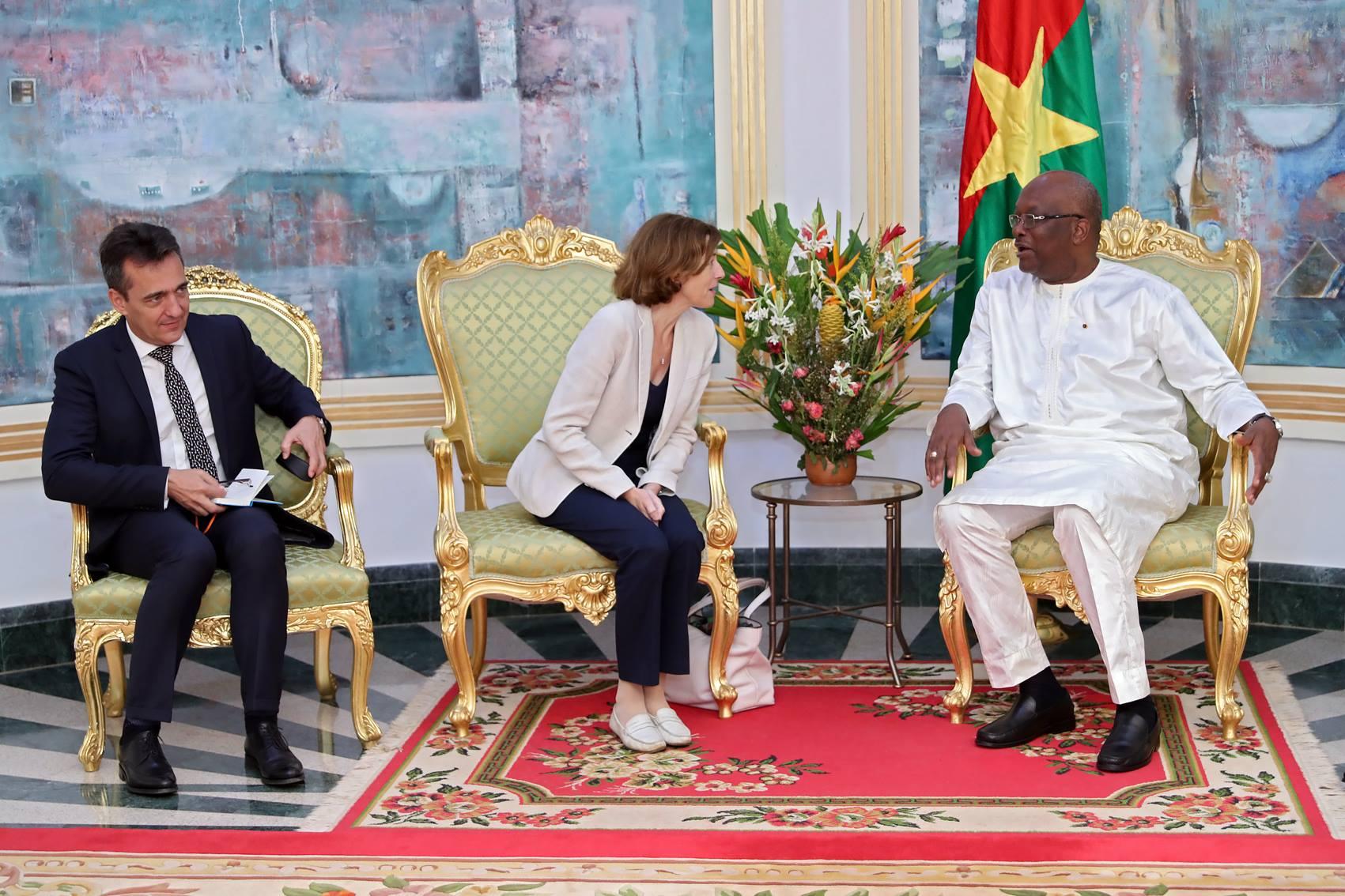 Lutte anti-terroriste au Sahel : la ministre des Armées française échange avec le Président du Faso