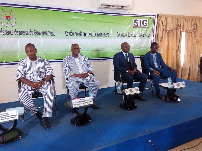 5e Conférence du Gouvernement: Le ministre Siméon Sawadogo dit ne pas comprendre la polémique concernant les documents de votation