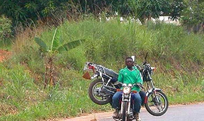 Burkina-EST:Les engins à deux roues et les tricycles interdits de circuler la nuit