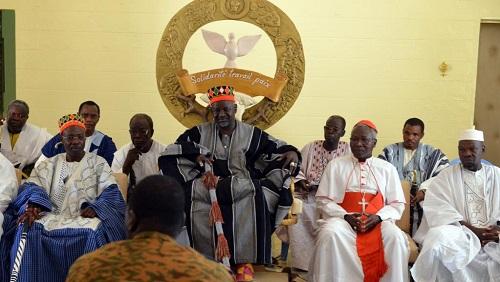 Burkina: L'appel des autorités coutumières et religieuses