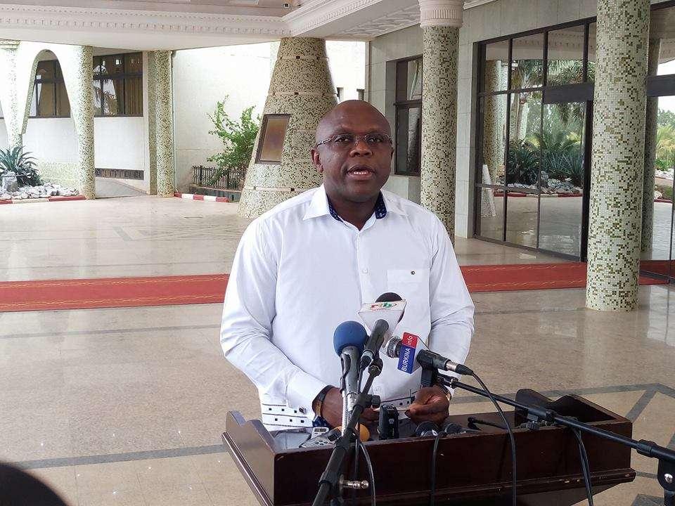 Communiqué du gouvernement relative à la grève des syndicats du ministère de l'économie et des finance