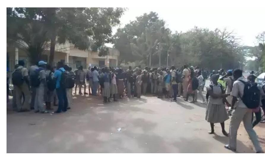 Crise Travailleurs/Gouvernement: les eleves de Koudougou entrent dans la danse
