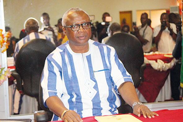 Tentative d'escroquerie du maire Beouindé : Aussitôt ouvert le procès aussitôt reporté