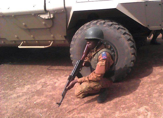 Burkina Faso: Le détachement militaire de koutougou attaqué, une dizaine de soldats tuée