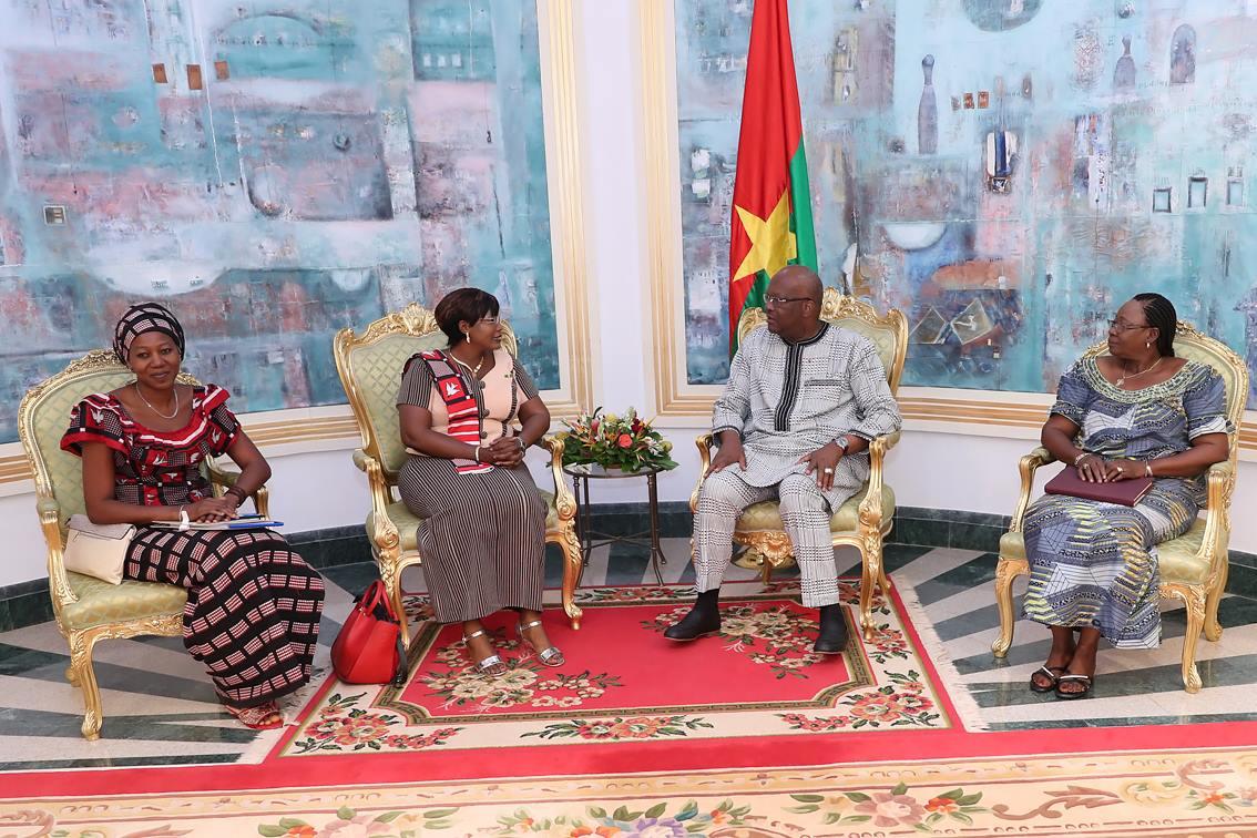 Caucus des femmes élues locales du Burkina Faso : le Bureau sollicite le soutien du Président du Faso pour son forum national