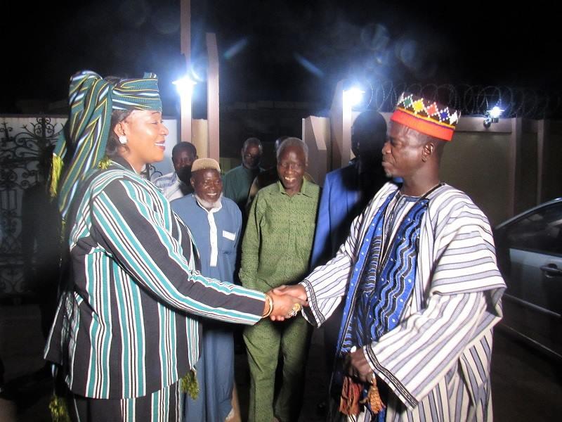 Politique:  une délégation des habitants de la commune rurale de Saponé, conduite par son chef coutumier, le Naaba Siguire, chez le Médiateur du Faso