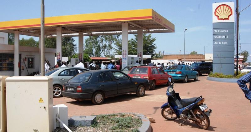 Hausse du prix des hydrocarbures : des citoyens indignés par cette mesure gouvernementale