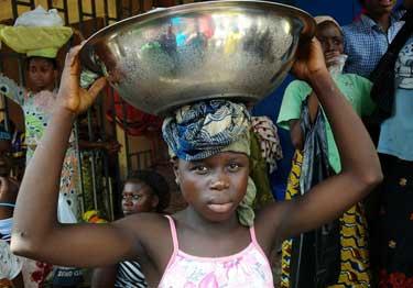 Burkina : le petit commerce mené par les enfants de moins de 16 ans interdit (rappel Ministère Famille)