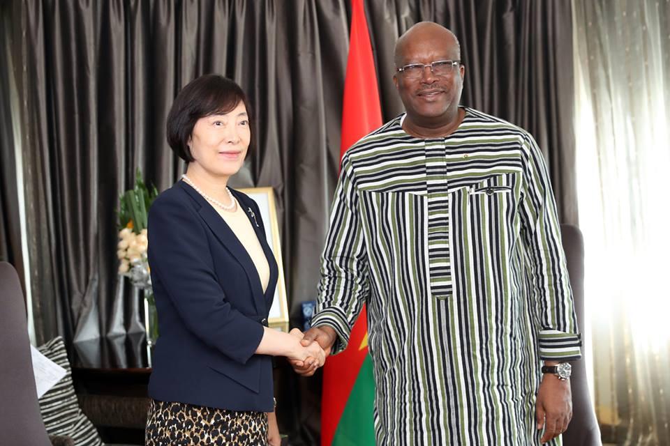 Burkina-Chine: Le président du Faso a reçu en audience la présidente de Exim Bank de Chine,
