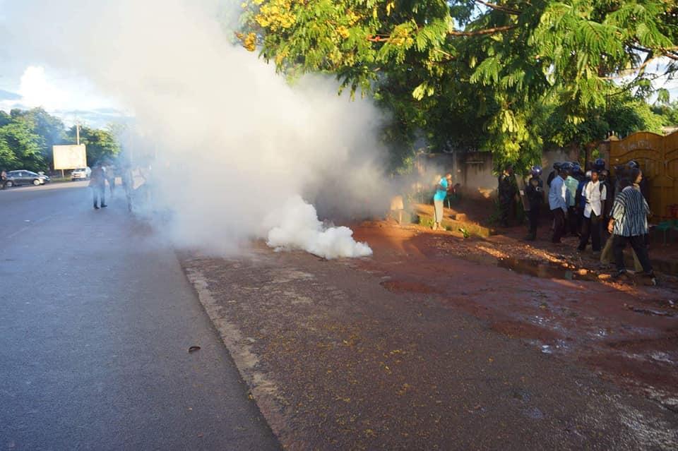 Bobo Dioulasso : une manifestation de militants du MPP Houet dispersée à coup de gaz lacrymogènes mercredi soir