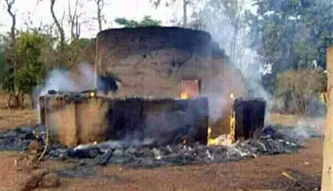 Tansarga (Tapoa): Un homme arrêté après avoir tué et brûlé son épouse et son enfant