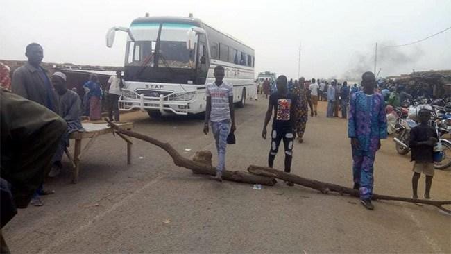 Bani (Sahel): la RN3 bloquée pendant 5h pour soutenir le maire