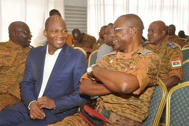 Procès du putsch manqué: les généraux Diendéré et Bassolé bientôt à la barre