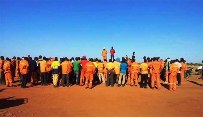 Crise à la société des mines de belahouro : les travailleurs s'en remettent au président du Faso.