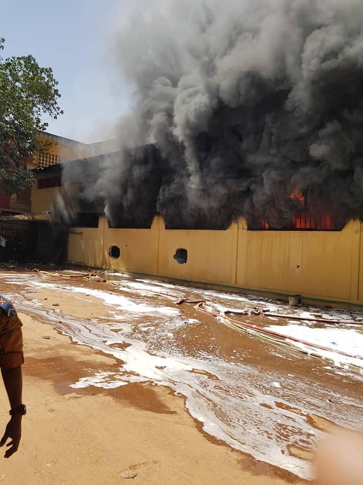 Ouagadougou: le magasin de stockage de Diacfa parti en fumé