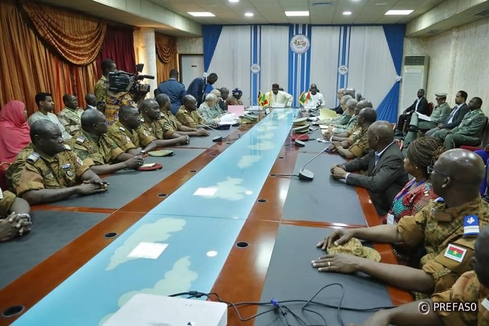 5e sommet du G5 Sahel : les ministres en charge de la défense passent en revue le bilan de la présidence du Niger.