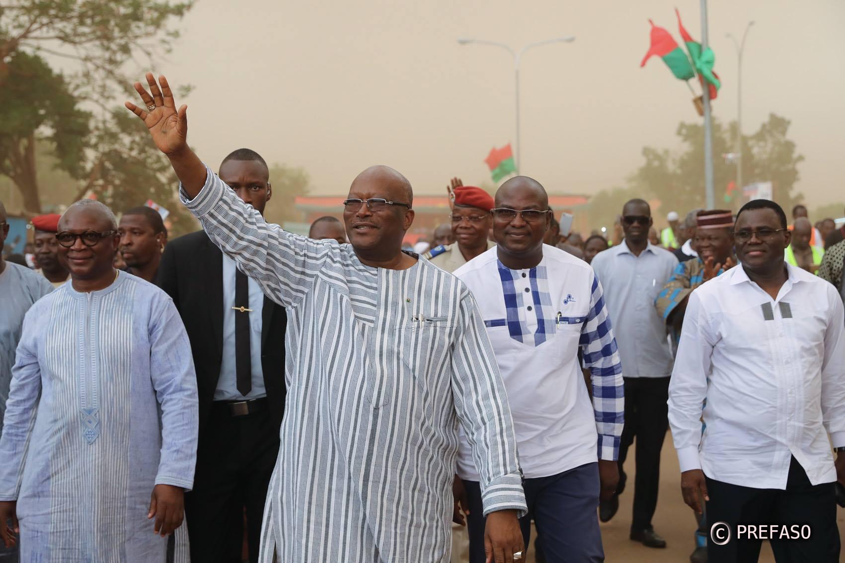 Route Koupéla-Cinkansé-frontière du Togo : Roch Marc Christian Kaboré inaugure la voie.
