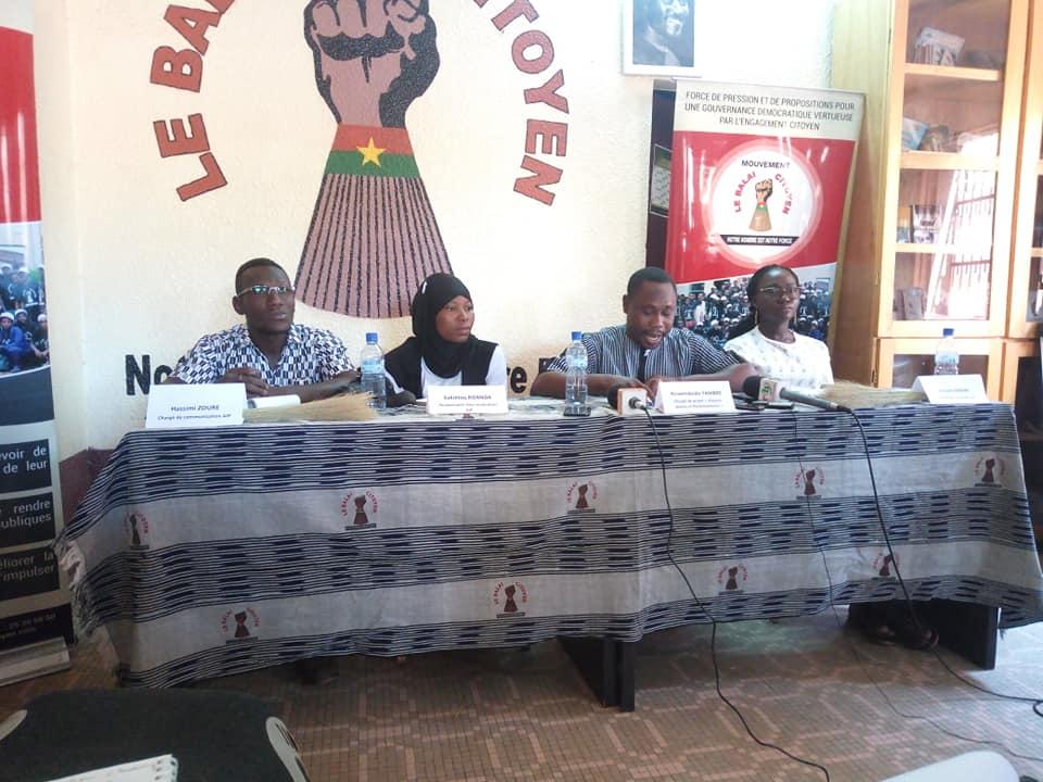 Projet AJP: Stimuler les intérêts des jeunes dans les travaux parlementaires